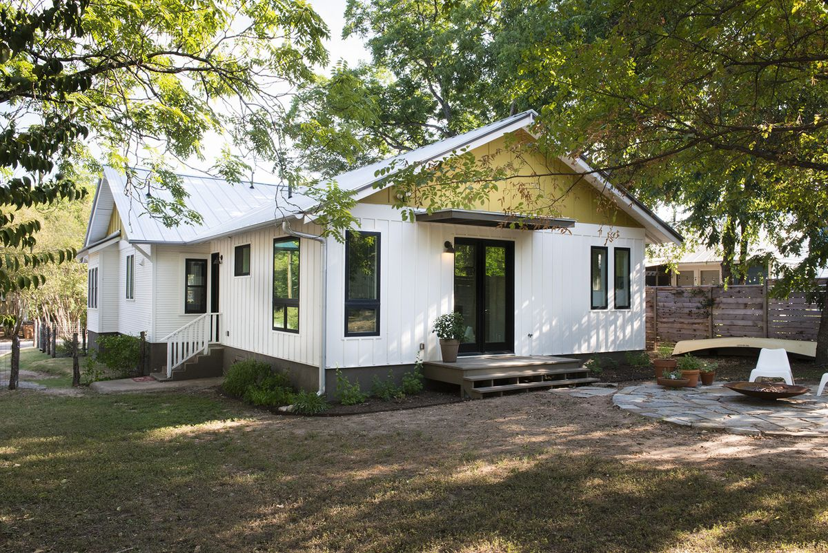 1935 white frame house with extension