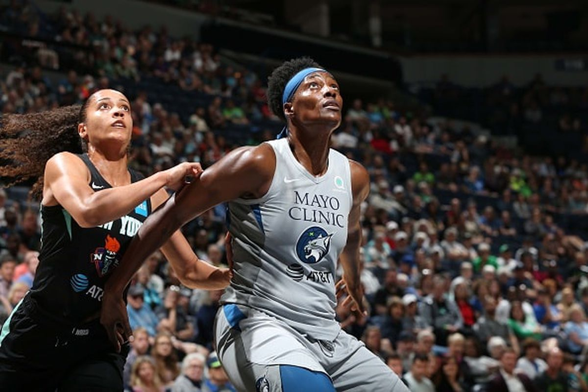 Minnesota Lynx end four-game slide with 92-83 victory over New York