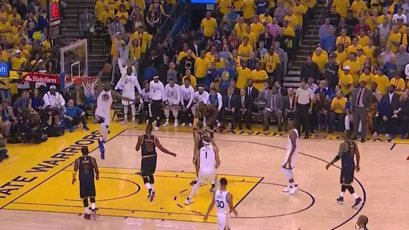 LeBron James' slip on the floor turns into a massive Kevin Durant dunk - SBNation.com