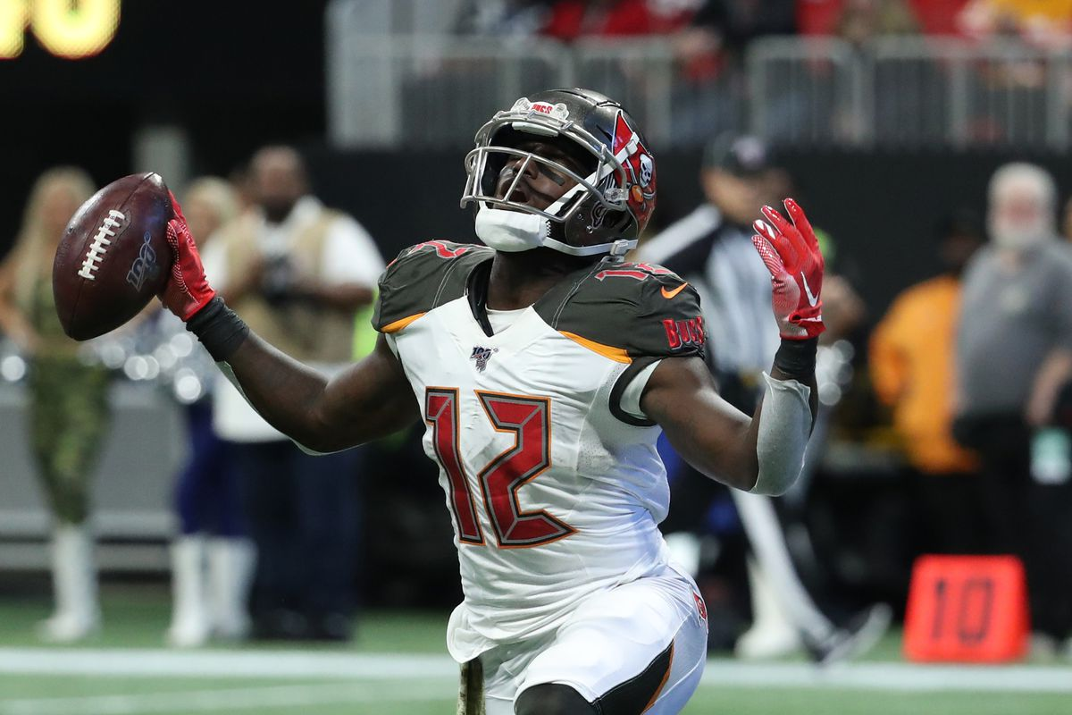 Tampa Bay Buccaneers wide receiver Chris Godwin celebrates a catch in the second quarter against the Atlanta Falcons at Mercedes-Benz Stadium.