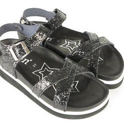 "<b>iiJin</b> Algonquin sandal, <a href=""http://www.iijin.com/online_shop/index.php?lang=en&page=productDetail&id=1&tid=36&psid=285"">$210</a>"