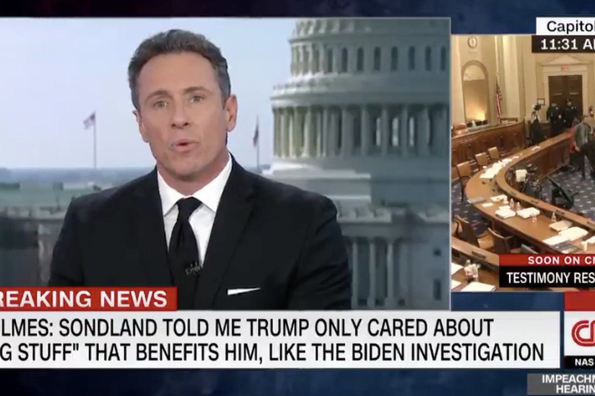 CNN's Chris Cuomo calls his mom on air to show you can hear phone calls without speakerphone