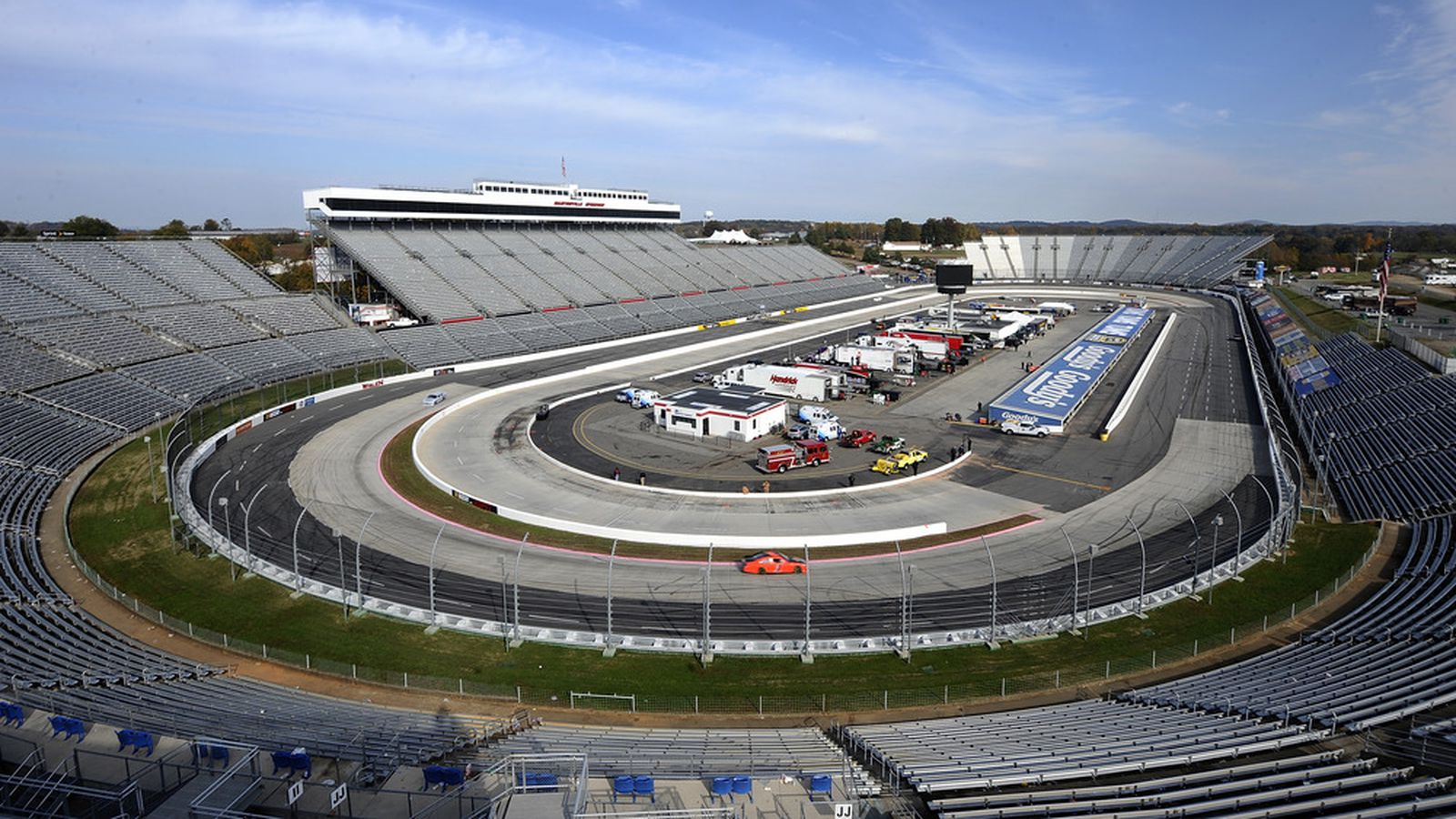 Relive the tight turns of Martinsville Speedway as NASCARcom gives you the Race Rewind from the STP 500