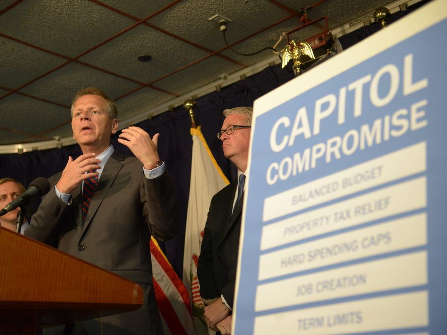 State Sen. Dale Righter speaks during a 2017 news conference. File Photo. Brian Jackson/ For the Sun-Times
