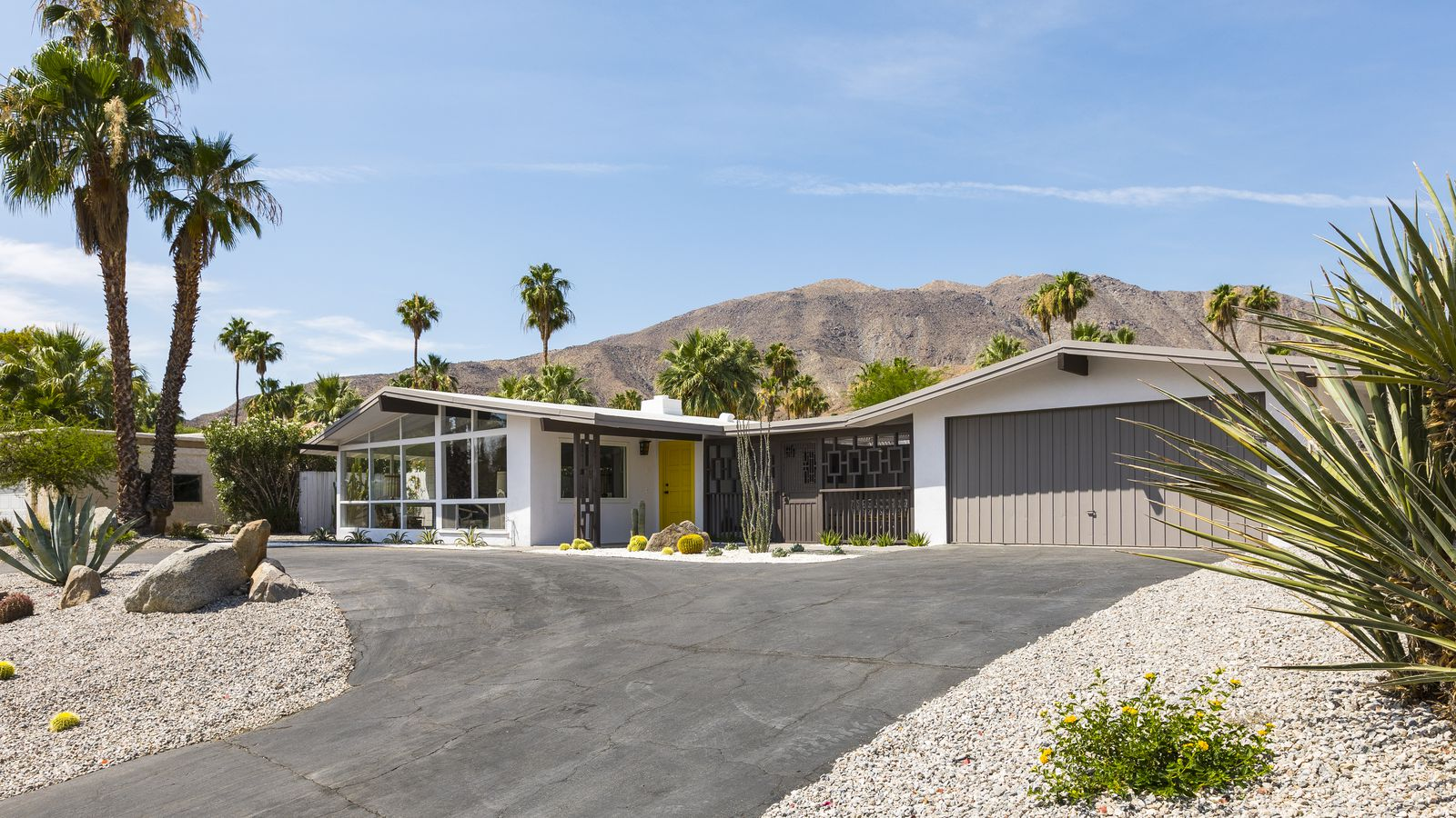 Midcentury Bungalow With Hollywood History Asks 659k Curbed
