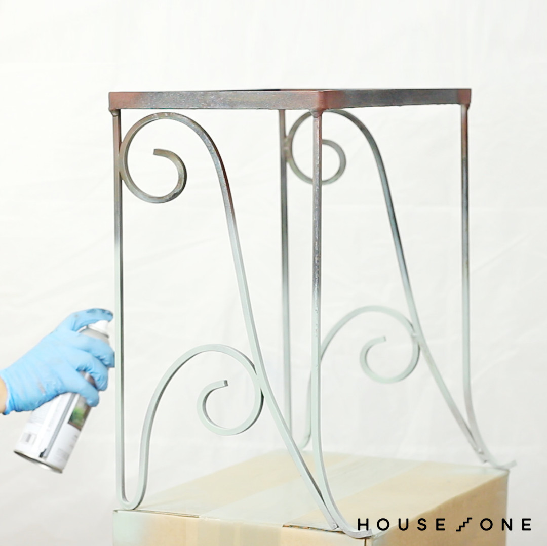 Making over a metal nesting table