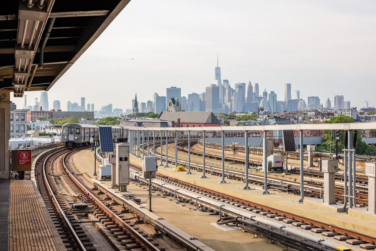Subway Derailments In New York How Common Are They