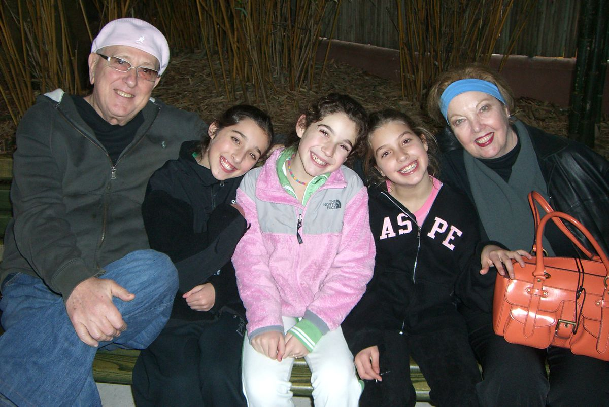 Marlene Gelfond (right), with husband Jack (left), who died in 2011. Between them (left to right) are granddaughters Jaclyn, Lindsay and Allison.