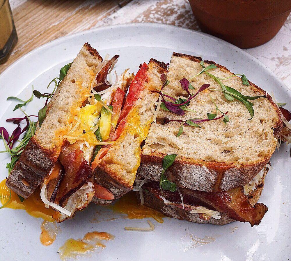 18 Seriously Decadent Breakfast Sandwiches Around Los ...