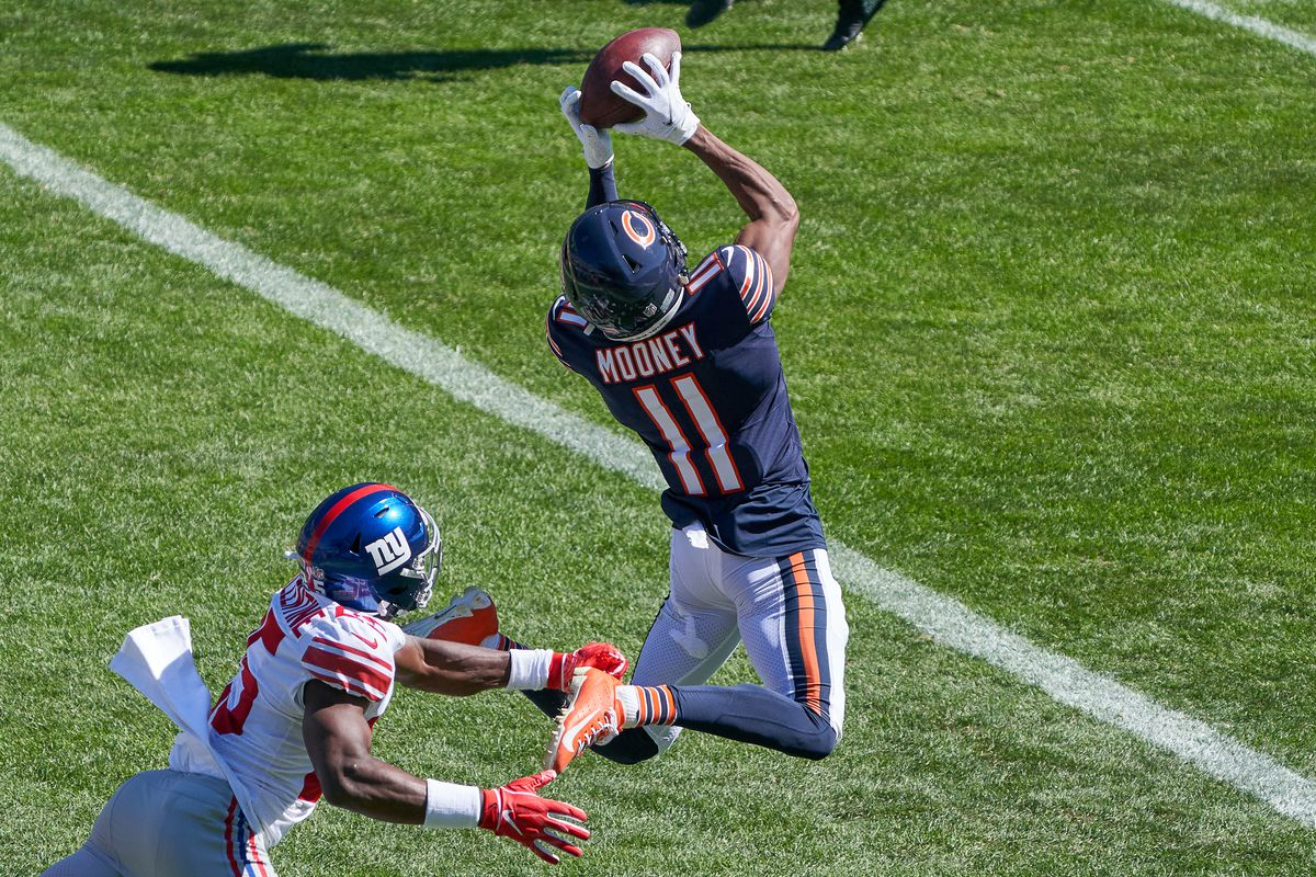Chicago Bears wide receiver Darnell Mooney beats New York Giants cornerback Corey Ballentine to catch the football for a touchdown in the second action during a game between the Chicago Bears and the New York Giants on Sep
