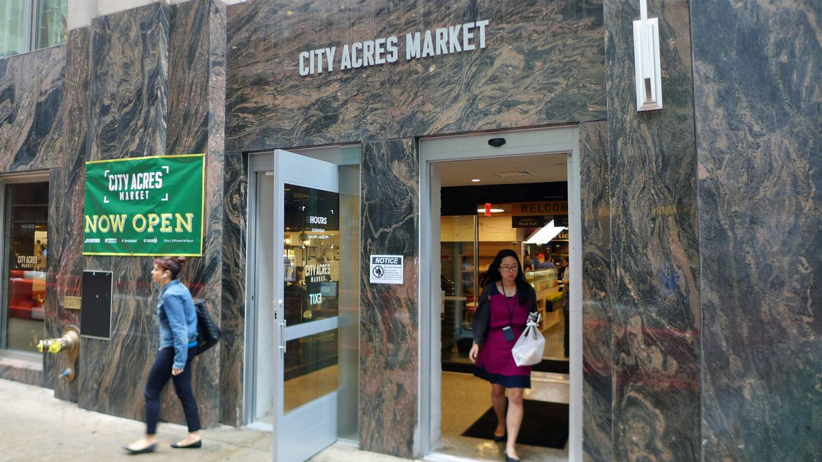 city acres market may be nyc u2019s worst food court