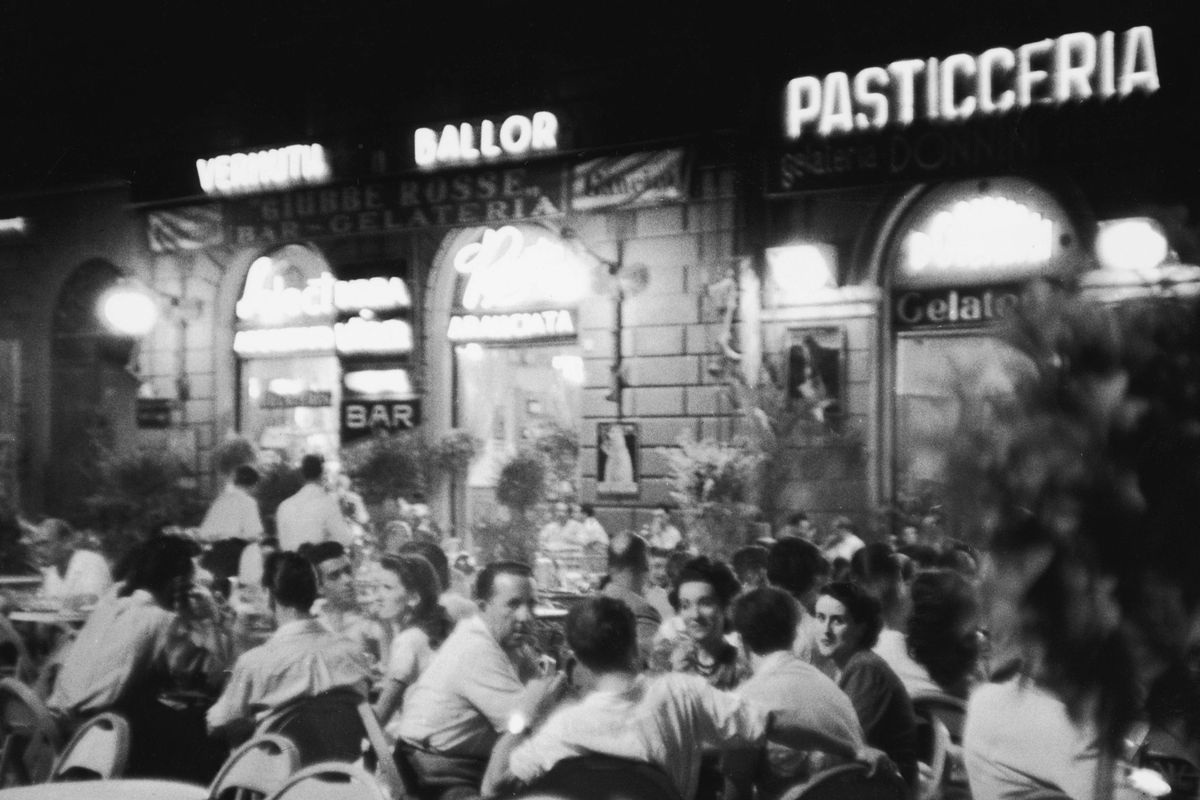 An outdoor cafe terrace in Florence, 1947.
