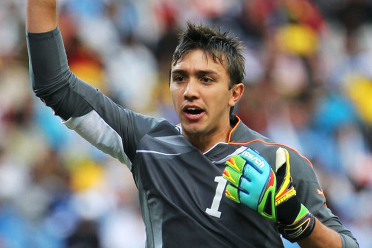 Fernando Muslera had a bit of a day against Chile. Give him some love. (Photo by Doug Pensinger/Getty Images)
