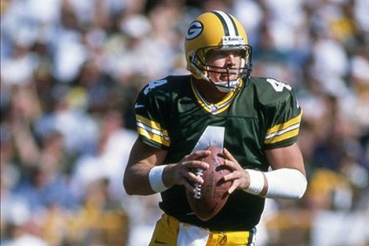 factory authentic 540a5 c0767 Green Bay will retire Brett Favre's jersey, induct him to ...