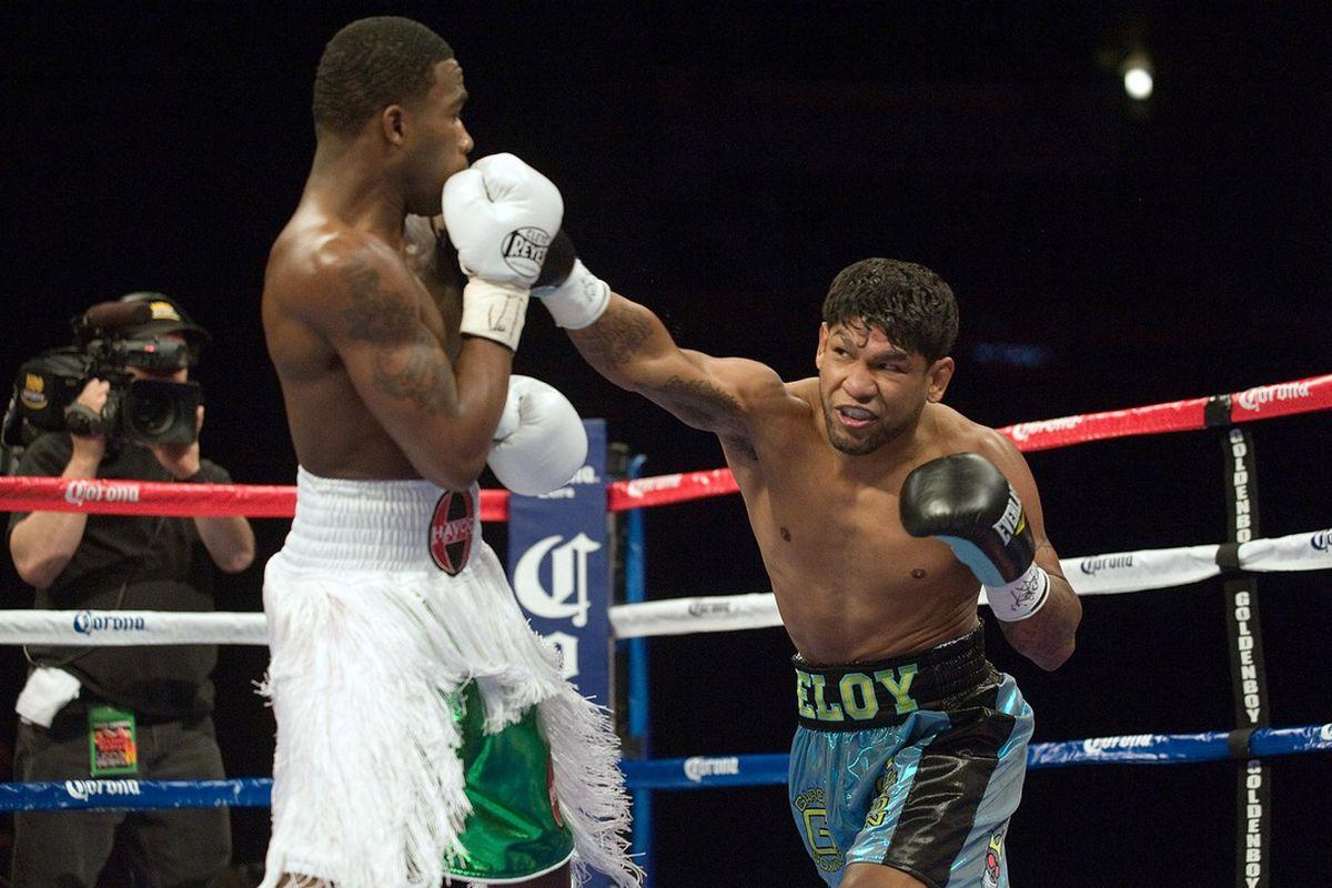 Former junior lightweight contender Eloy Perez dead at 31