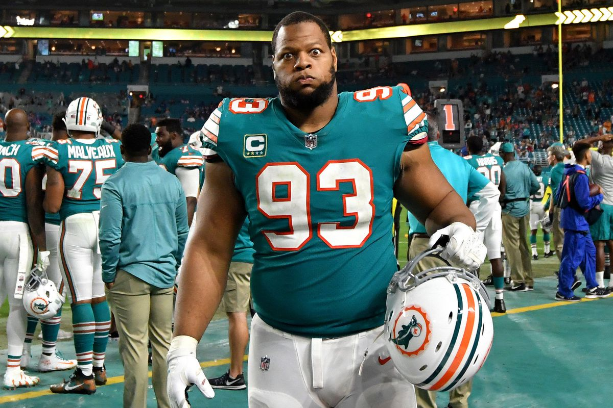 Dolphins to release dt ndamukong suh should raiders be interested steve mitchell usa today sports voltagebd Images