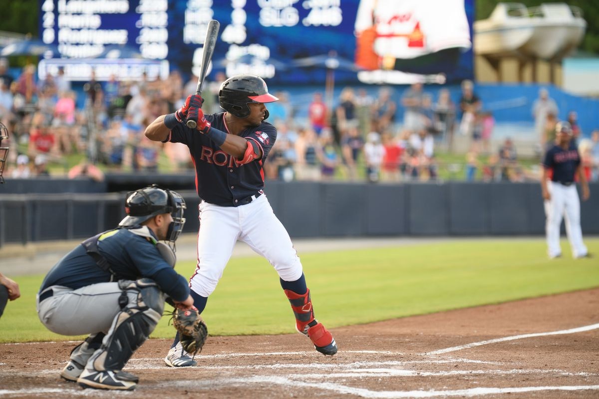 Atlanta Braves prospect Justin Dean bats for the the Rome MiLB team.