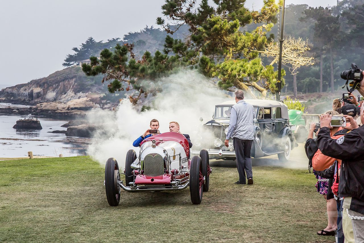 The beautiful cars of Pebble Beach Concours d\'Elegance could ...