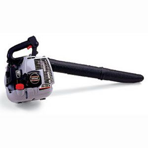 <p><strong>Handheld</strong><br><strong>Best For:</strong><br>Small to medium yards where you need the power of a gas engine.<br><strong>Look For:</strong><br>Air speeds higher than 150 mph and noise levels less than 70 decibels. (Check local ordinances: Some areas limit noise to less than 65 decibels.)</p>