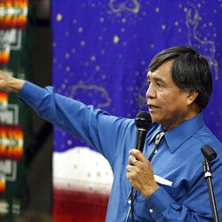 Rodger Williams tells a story at Navajo Winter Stories night in Salt Lake City in January.