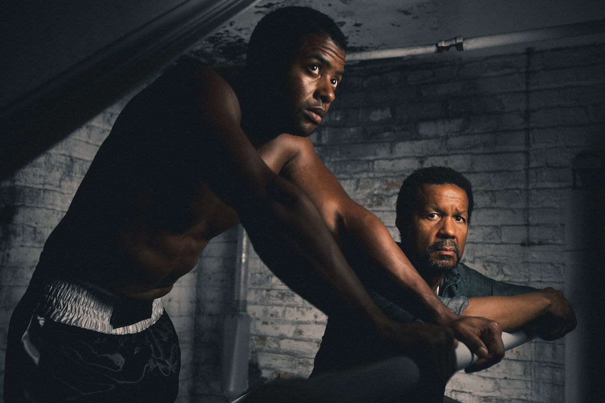 """Kamal Angelo Bolden and Allen Gilmore in """"Man in the Ring,"""" at Court Theatre. (Photo: Joe Mazza/Brave Lux)"""