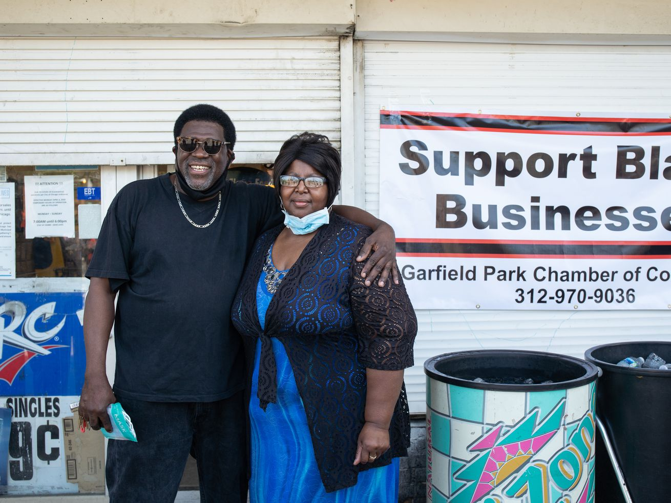 Business leaders call on city to reinstate license for East Garfield Park food and liquor store