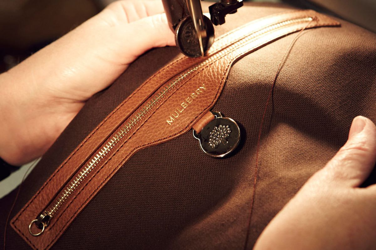 """Image via <a href=""""https://i-d.vice.com/en_gb/article/mulberry-shows-us-how-the-new-mini-lily-is-made"""">i-D</a>"""