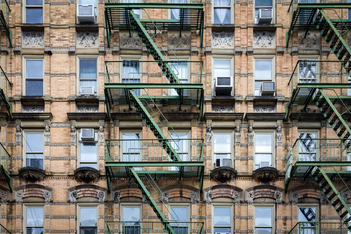 How Worried Should New Yorkers Be About Falling Window A C