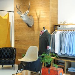 Pop-up shop at Stony Point in Richmond