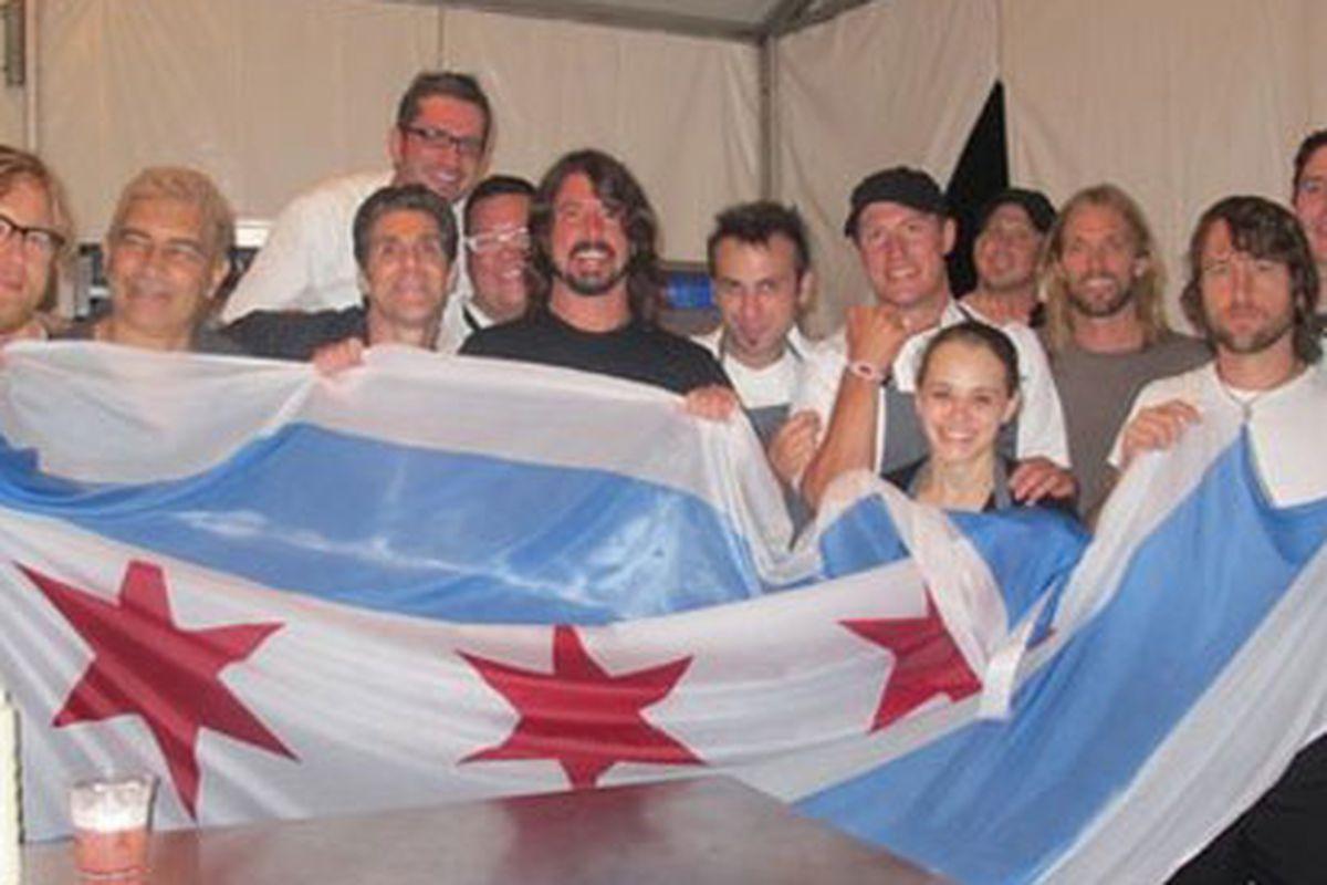 Graham Elliot, Perry Farrell, Foo Fighters, Merlin Verrier hang backstage at Lolla