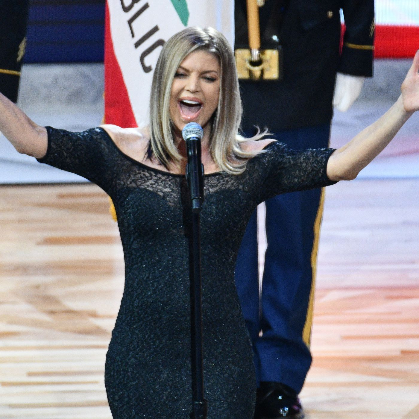 Fergie S Infamous Nba All Star National Anthem Gets Even Better When You Know The Whole Story Sbnation Com