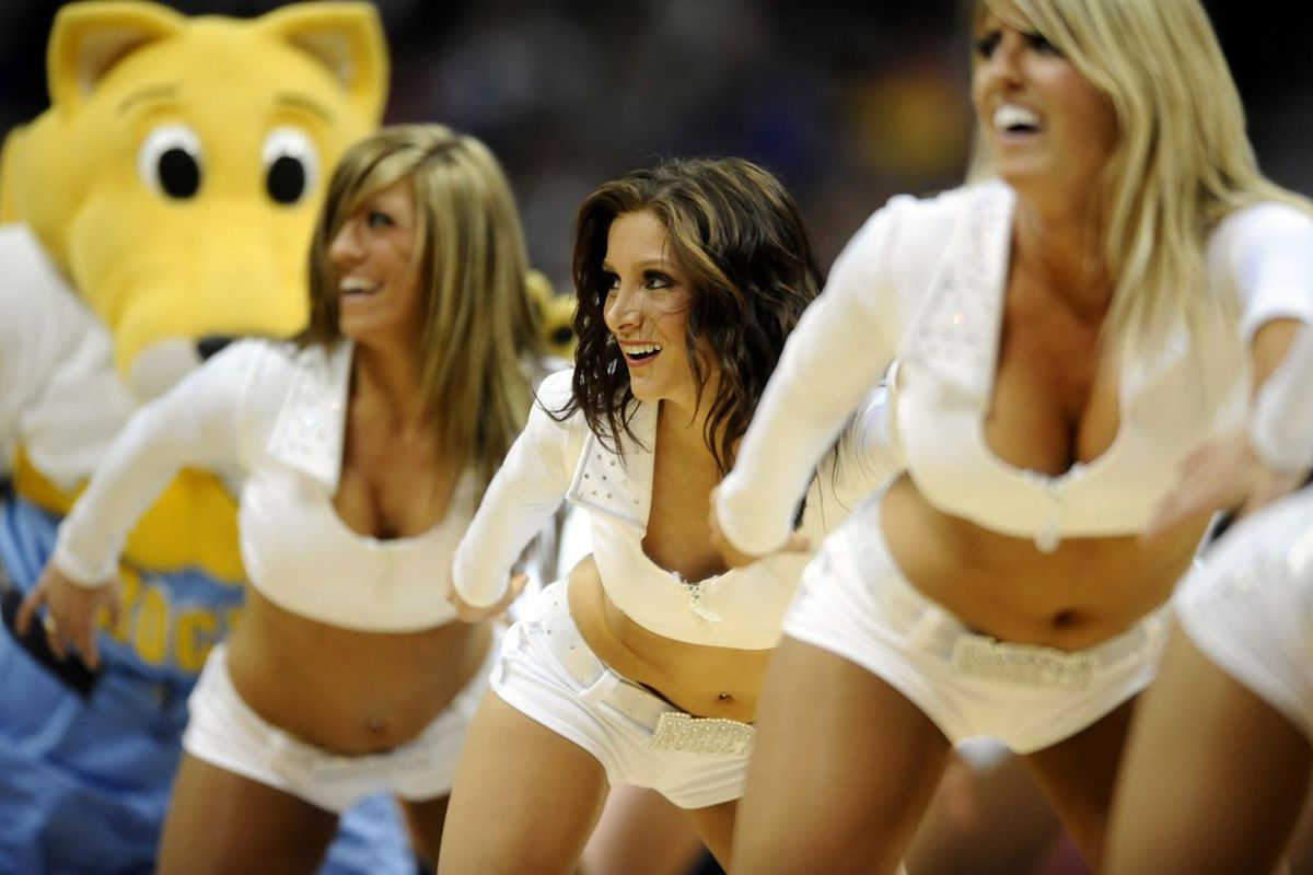 That Nuggets mascot is really creepy.