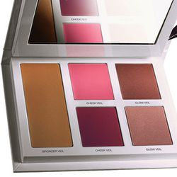 "<b>Laura Mercier</b> Bonne Mine Healthy Glow for Face & Cheeks Creme Colour Palette, <a href=""http://www.lauramercier.com/store/shop/Eye%20Shadow_Bonne%20Mine_prod750004"">$48</a>"