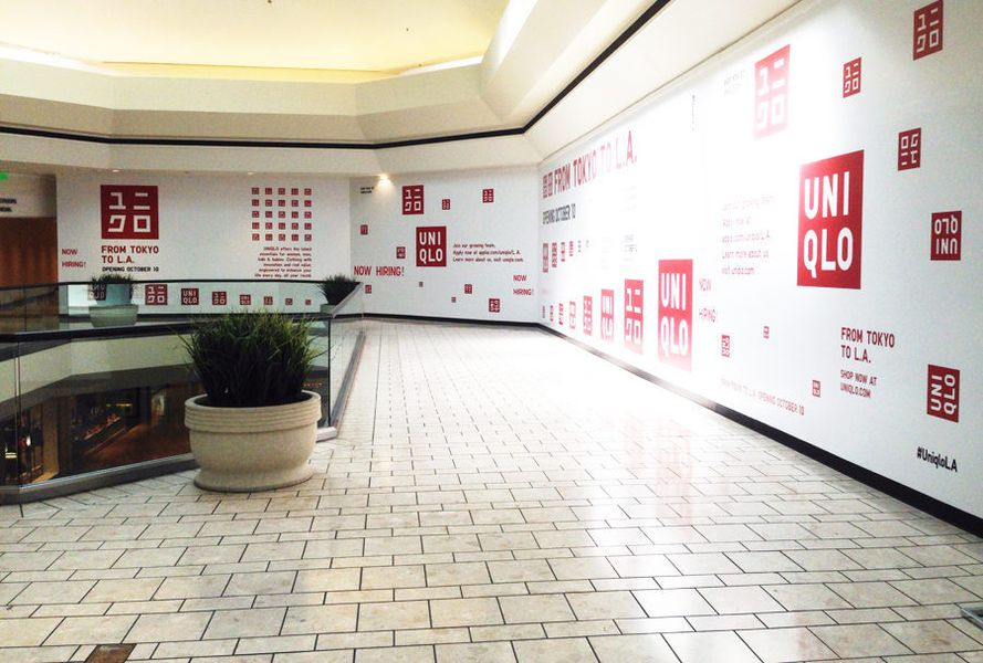 Photos Uniqlo S Beverly Center Pop Up Has Officially