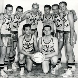This was the Mormon Yankees touring team in 1960.