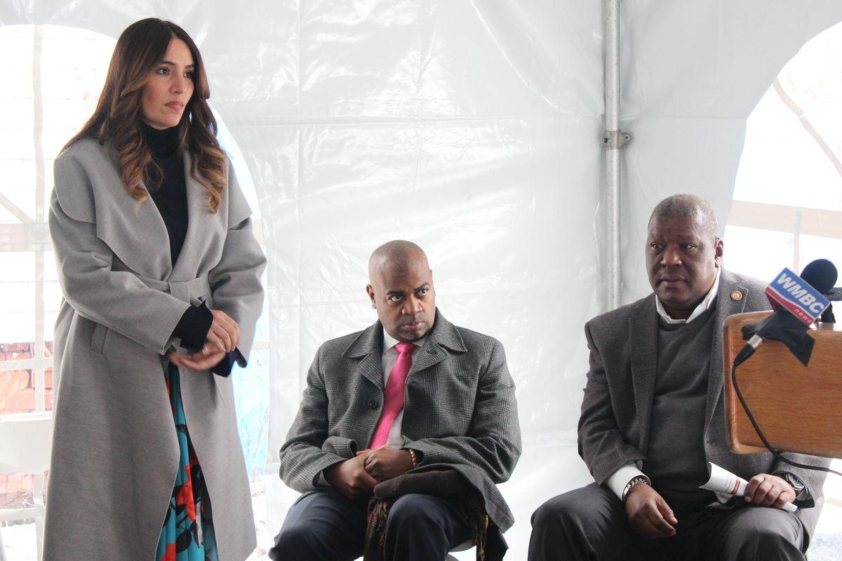State Sen. Teresa Ruiz at a groundbreaking in January with Newark Mayor Ras Baraka (center).