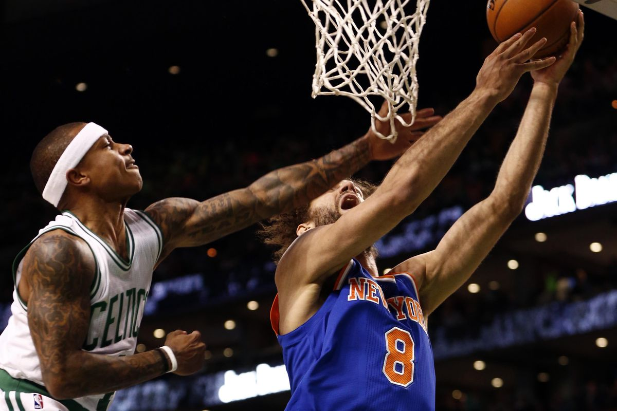 Celtics' dead offense emerges in final minutes to win 105-104 over Knicks