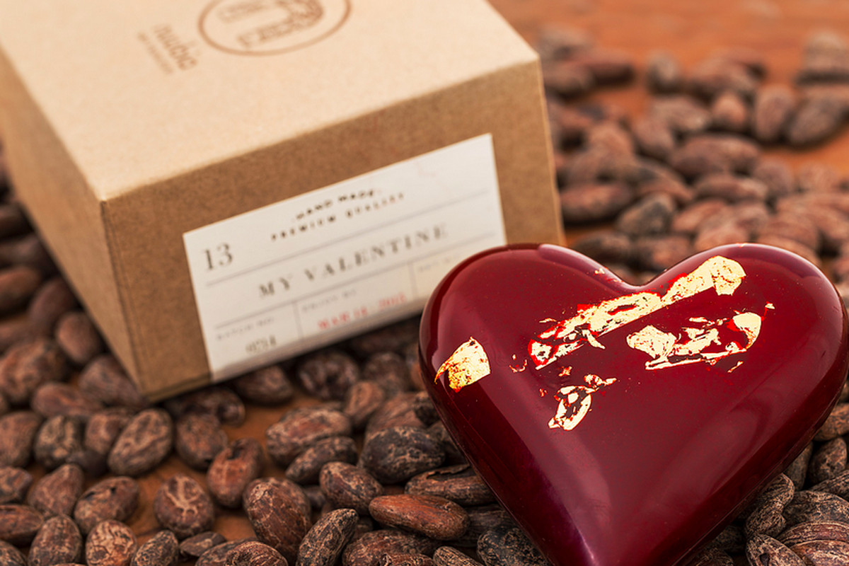 """Photo: <a href=""""http://nuubiasf.com/collections/seasonal/products/luxury-heart-gift-box"""">Nuubia SF</a>"""
