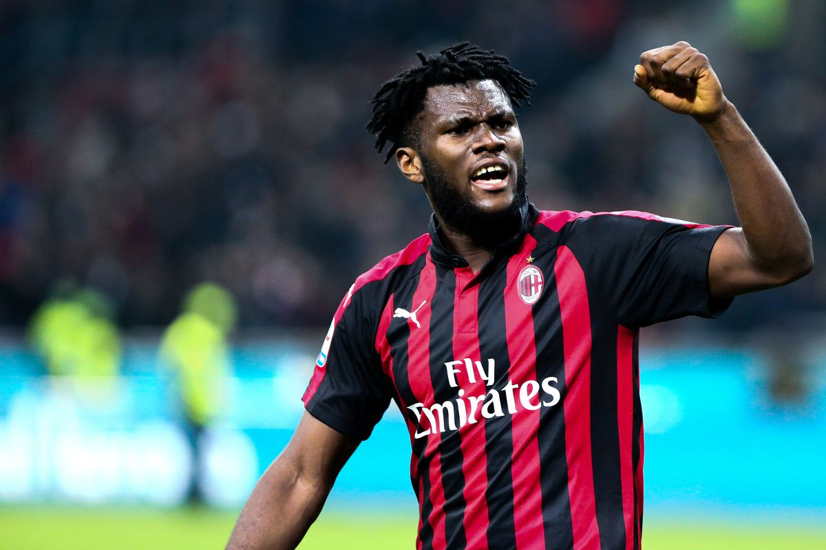 Franck Kessie of Ac Milan celebrate at the end of the...