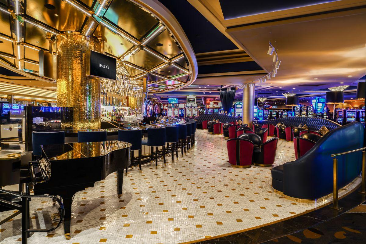 Bally S 24 Hour Lobby Bar Now Open Eater Vegas