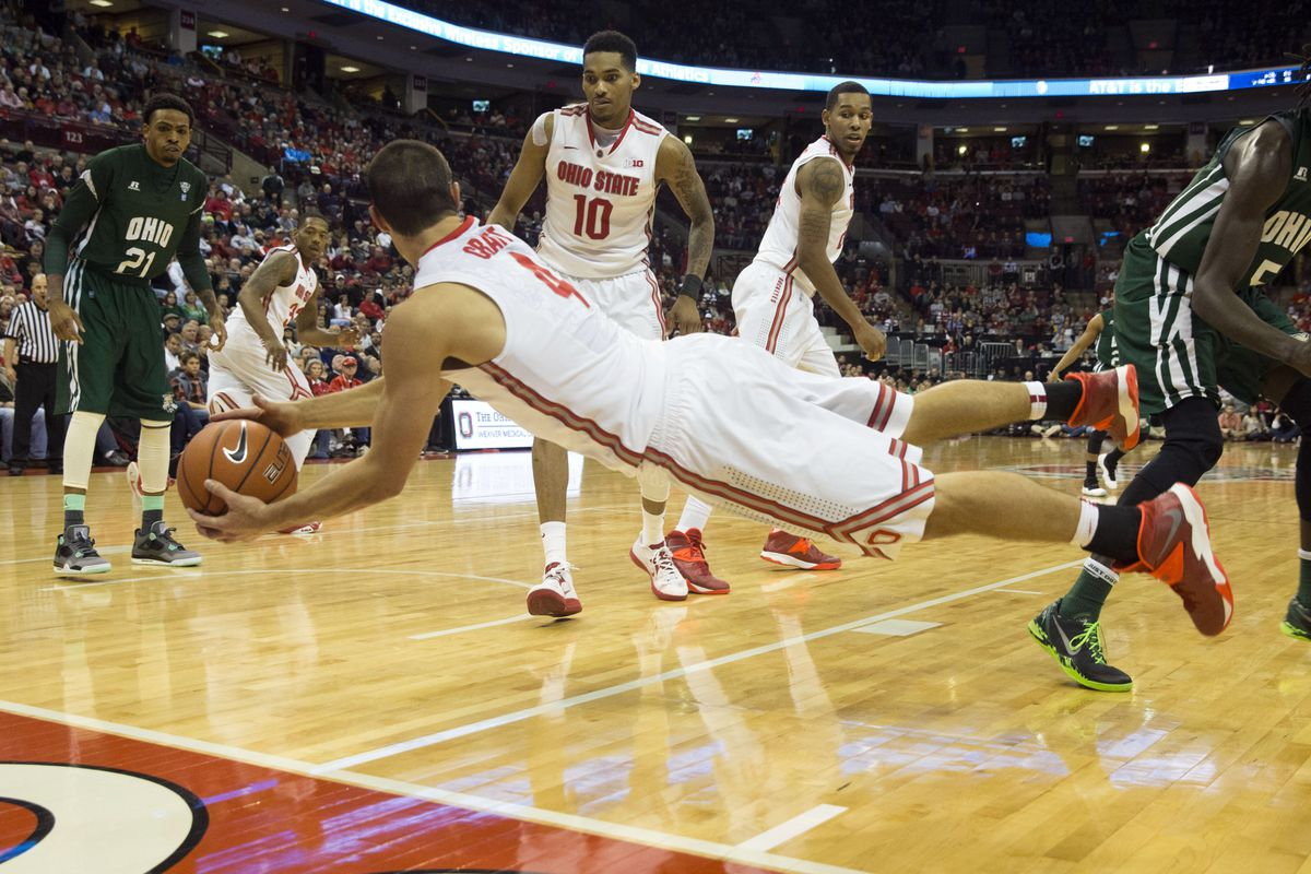 Aaron Craft dives for a ball