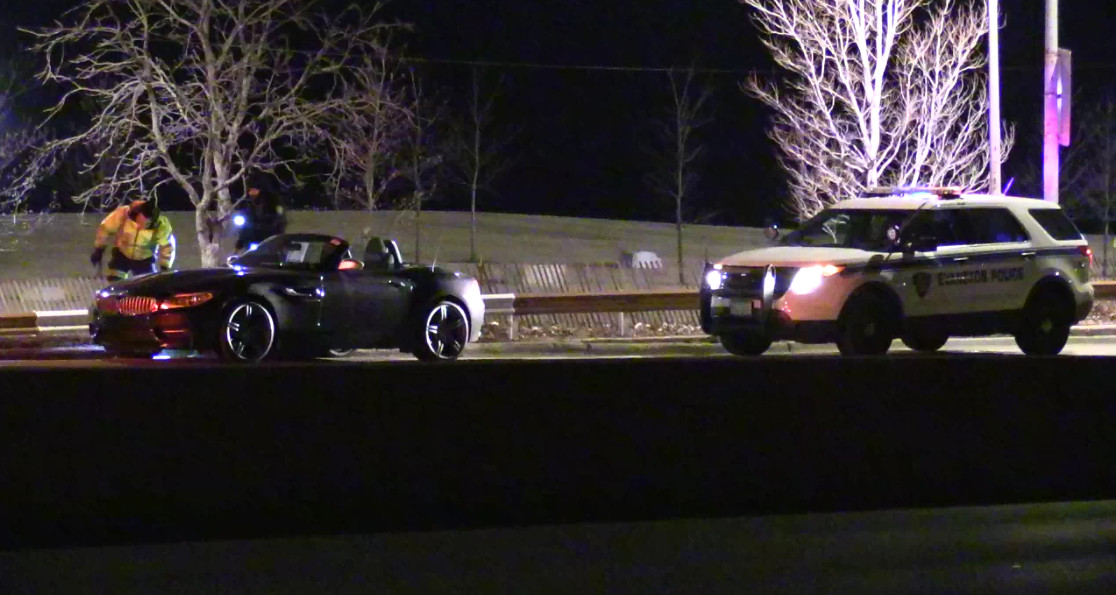 Chicago Police recovered two stolen BMWs early Friday near Lake Shore Drive and Fullerton. | NVP video
