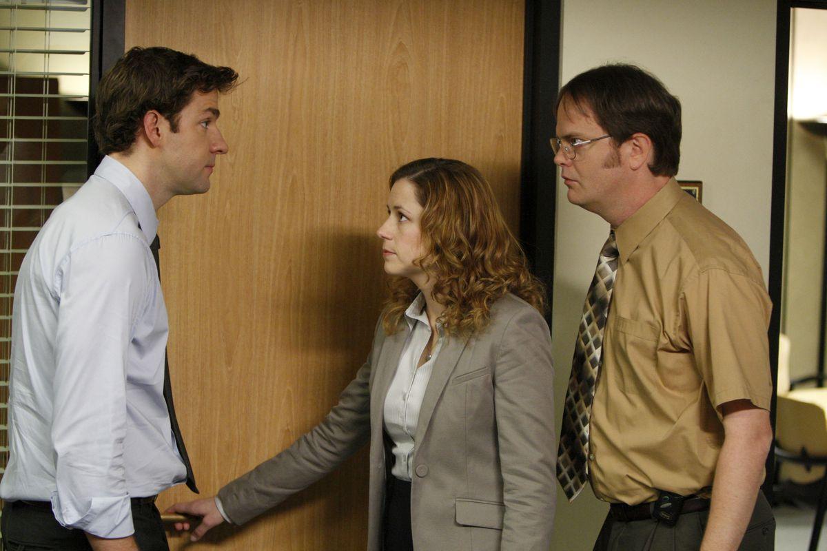 """Pictured: (l-r) John Krasinski as Jim Halpert, Jenna Fischer as Pam Beesly, Rainn Wilson as Dwight Schrute in the NBC Universal TV series """"The Office."""""""