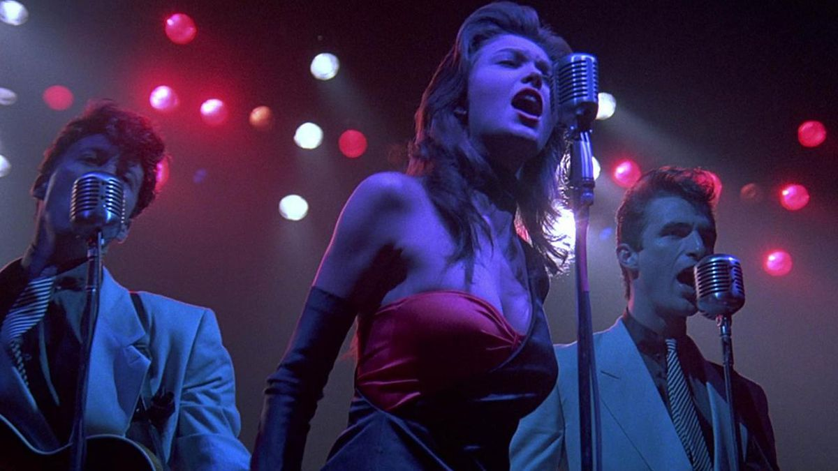 Diane Lane as Ellen Aim singing on-stage in Streets of Fire