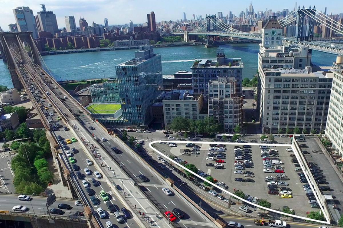 The Property At The Foot Of The Brooklyn Bridge Could Give Rise To A Mixed Use Building