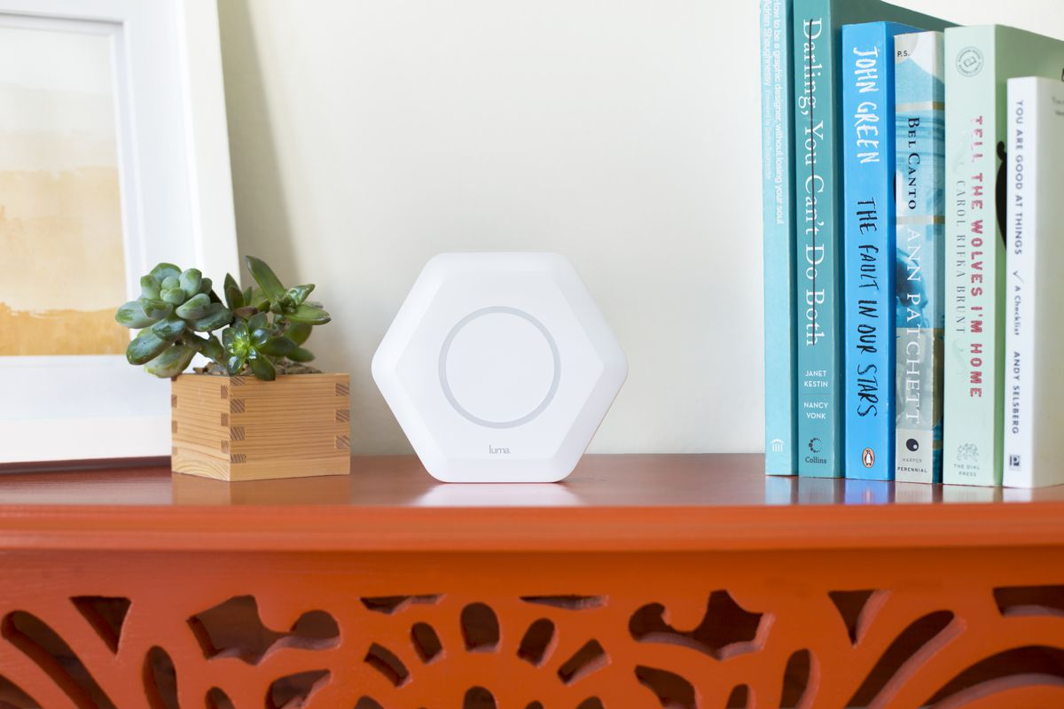 Luma's router can remember every site everyone visits and is now