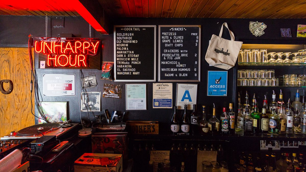 What's Happened To The Great American Dive Bar?