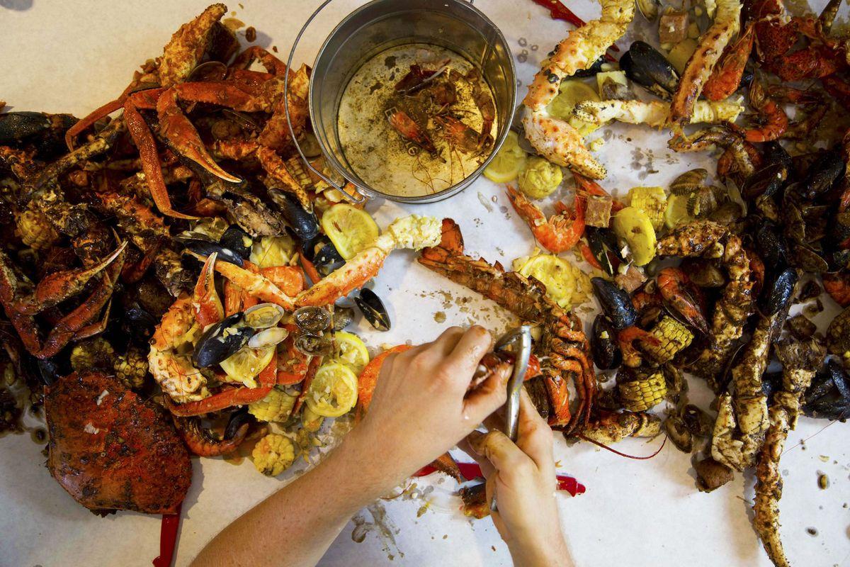 Honolulu\'s Foremost Hawaiian-Cajun Fusion Restaurant Hits the ...