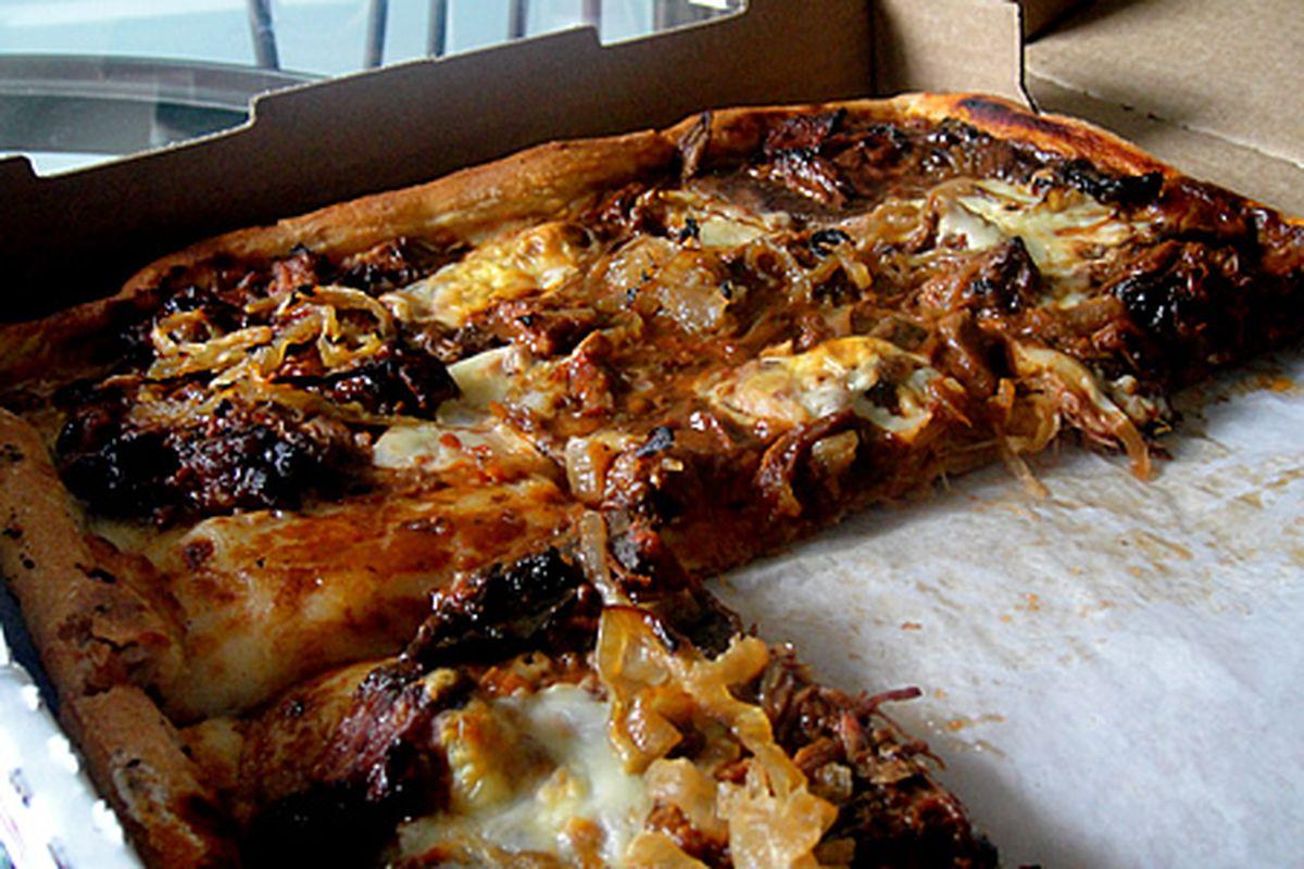Santucci's Pizza Week Pizza - BBQ Shortrib