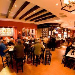 """<em>100 Montaditos, Miami. [Photo: <a href=""""http://www.facebook.com/100MontaditosMiamiFlorida#!/photo.php?fbid=205258676158025&set=a.205258622824697.62235.197473200269906&type=1&theater"""" rel=""""nofollow"""">100 Montaditos / Facebook</a>]</em>"""